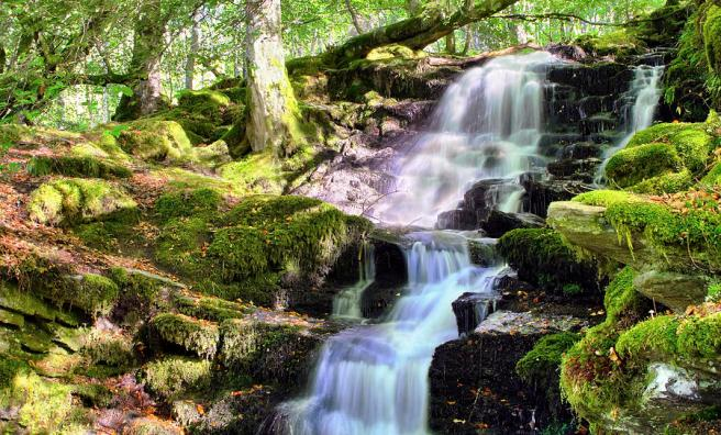 birks-of-aberfeldy-cascading-waterfall-scotland-jason-politte.jpg