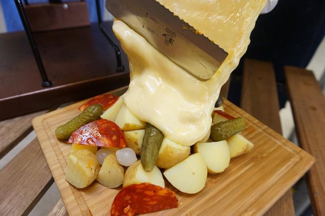 CheeseMeRaclette1.jpg